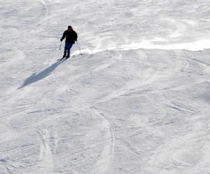 Lone skier 300