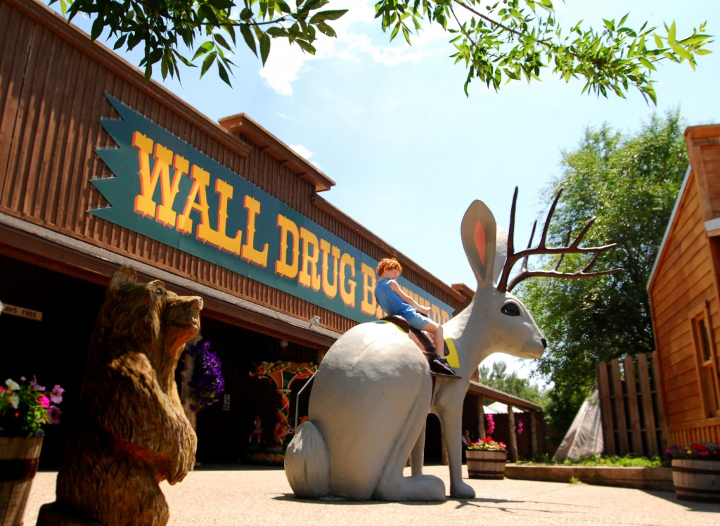 Wall_Drug_Kid_DSC_0115-(2)