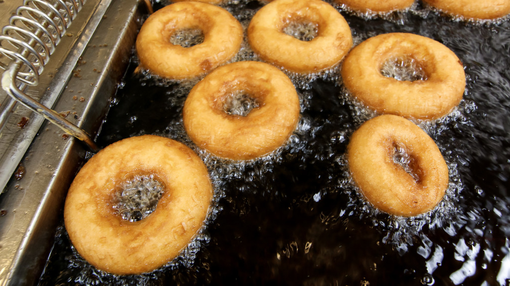 0021-Wall-Drug-Donuts-2016-06-21