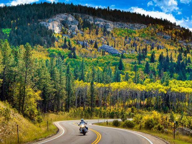 south-dakota-fall-drives-vanocker-canyon-rend-tccom-616-462