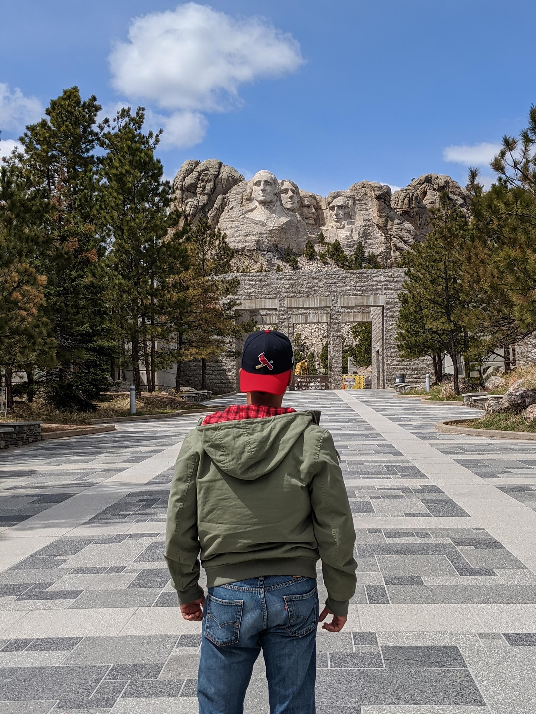 Social distancing in MT.Rushmore
