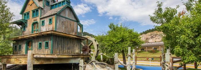 Deadwood Mini-Golf & Arcade
