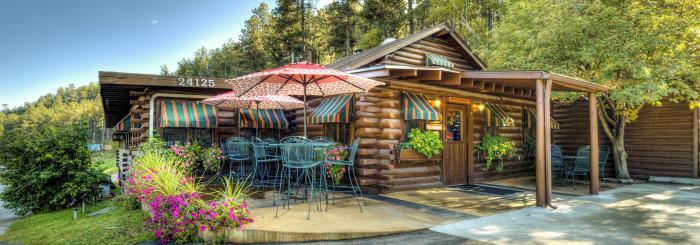 Powder House Lodge & Restaurant