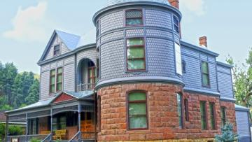 Mother's Day Tours at the Historic Adams House