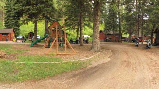 Wickiup Cabins on Spearfish Creek
