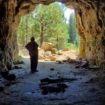Exploring Silica Caves