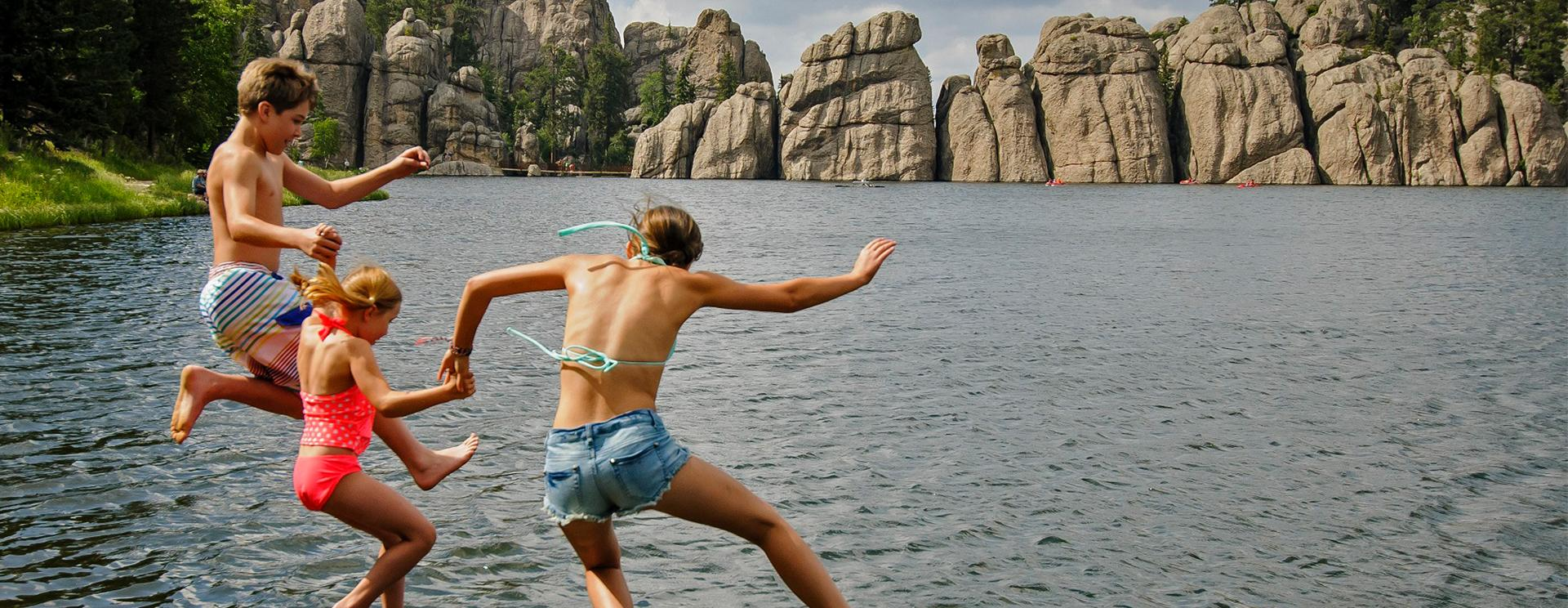 How to Have Your Best Summer Yet at Custer State Park