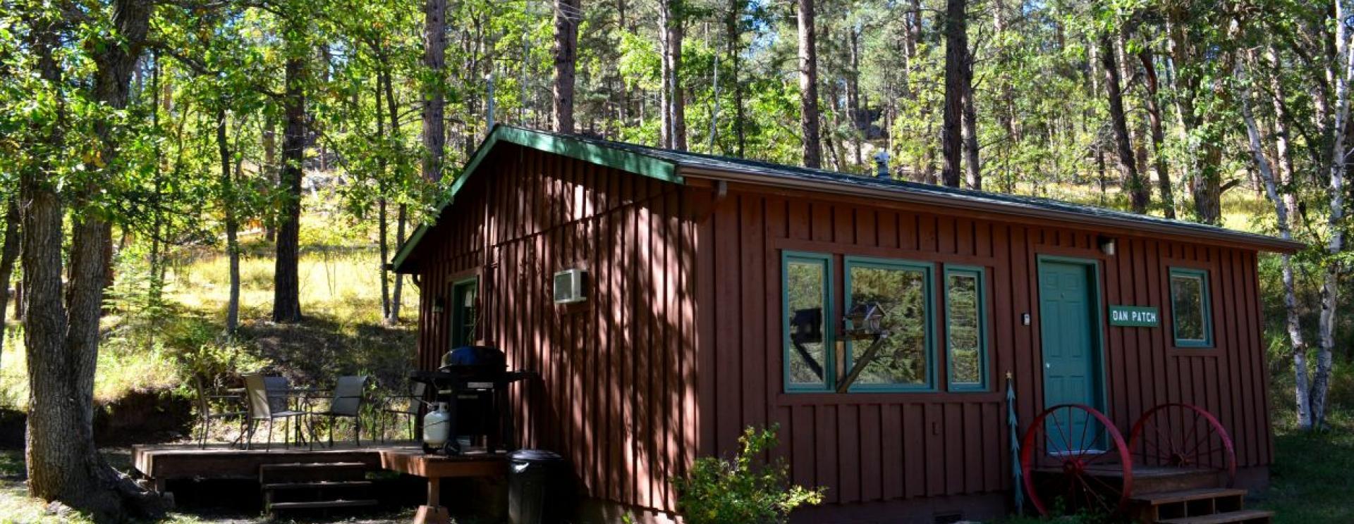 Backroads Inn & Cabins