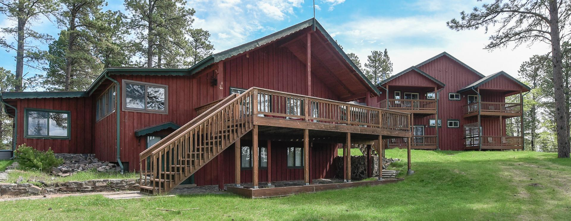 Black Hills Adventure Lodging