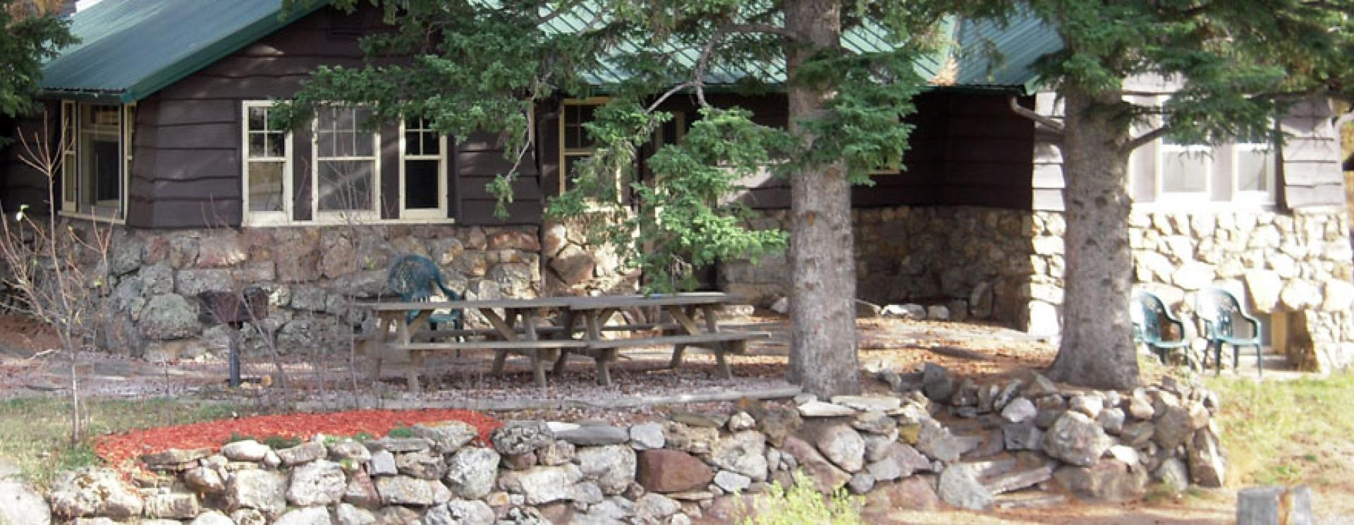Calamity Peak Lodge & Cabins