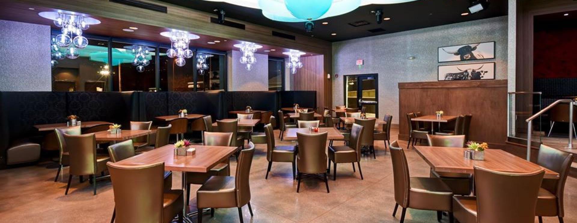 FLYT Steakhouse by Alpine Inn