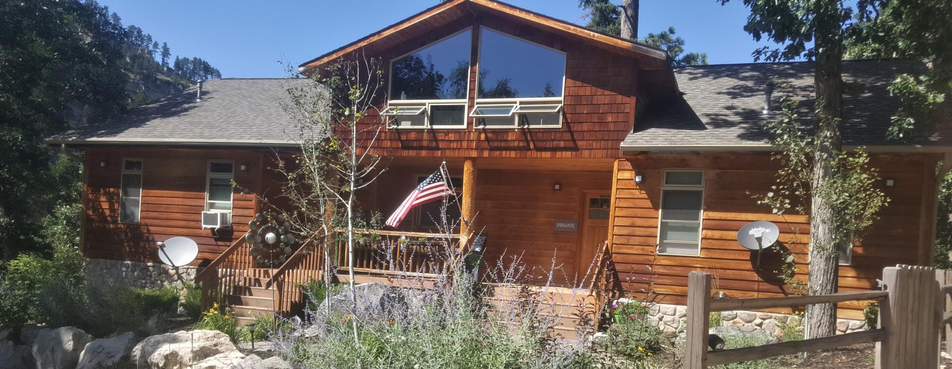 Rim Rock Lodge