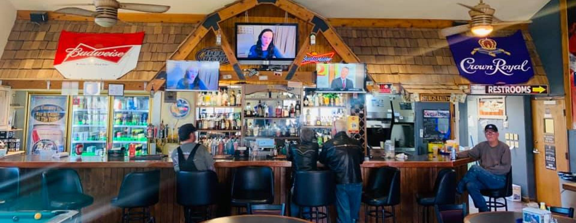Three Forks Bar & Grille at The Country Store