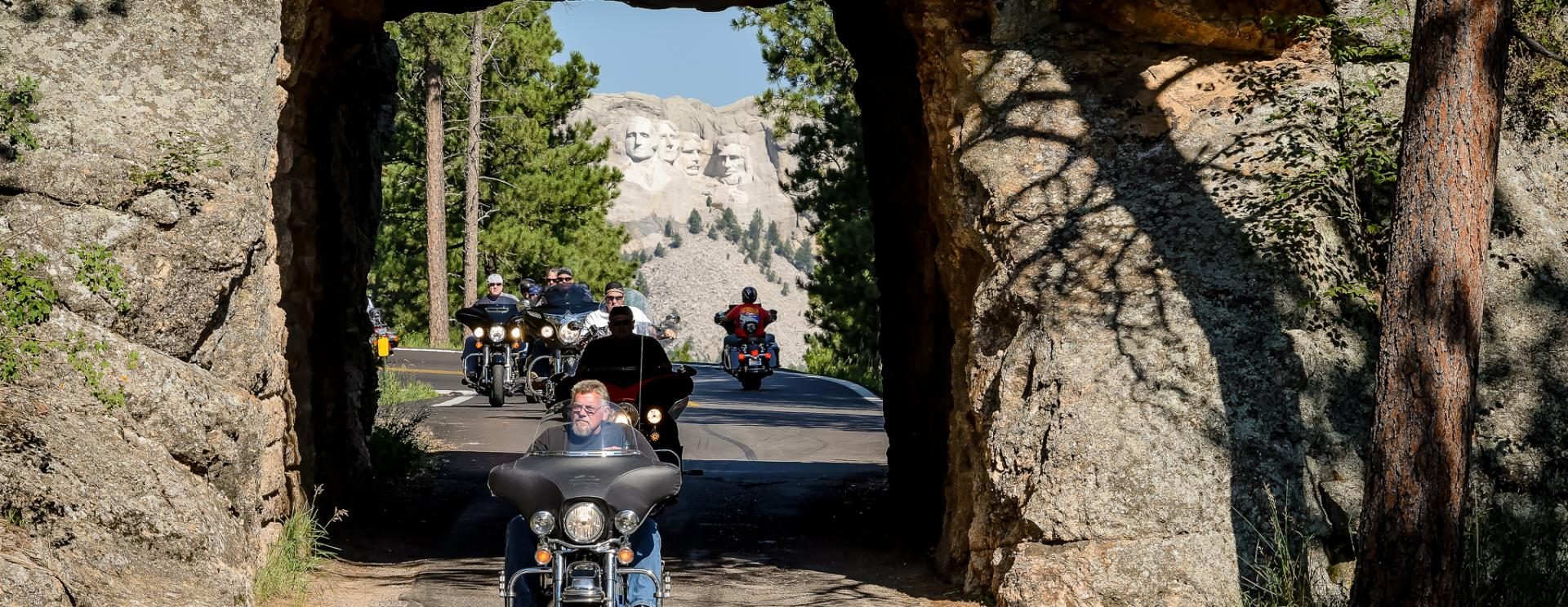 Enjoy the Best Black Hills & Badlands Motorcycle Rides