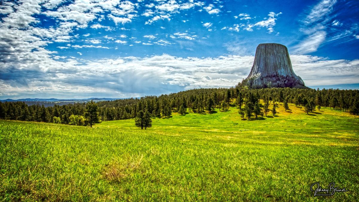Lazy Summer day at Devil's Tower