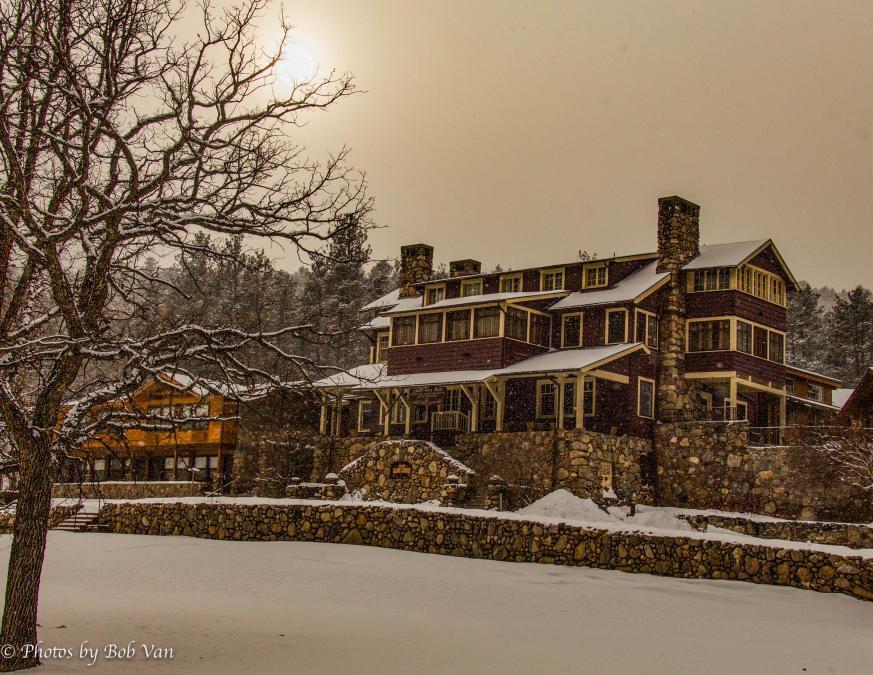 Game Lodge Snow