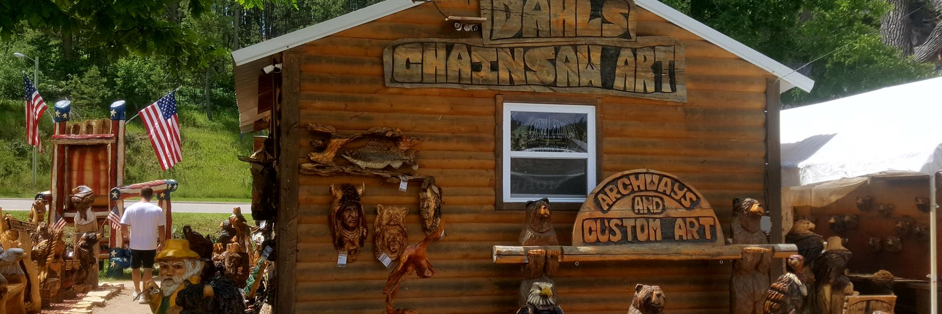 Dahl's Chainsaw Art - Keystone