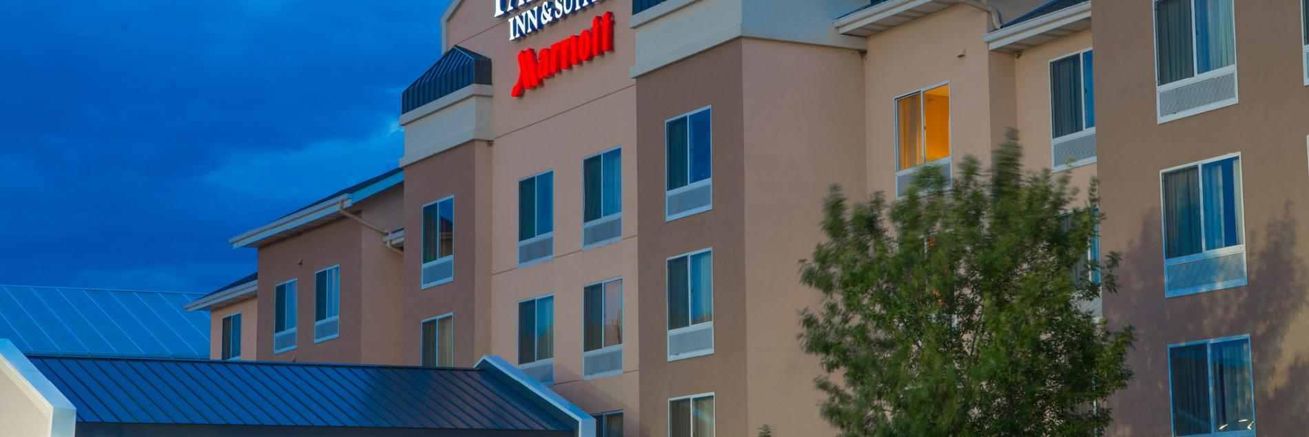 Fairfield Inn & Suites by Marriott *