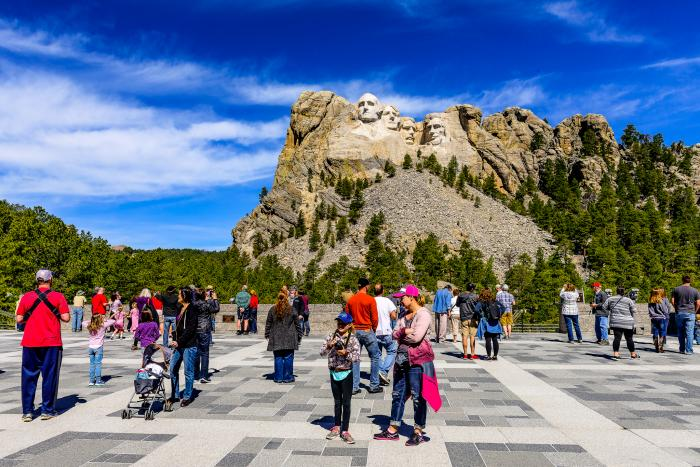 """South Dakota Named the """"Most Promising Destination"""" by Chinese Tourism Group"""