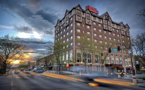 Historic Hotel Alex Johnson