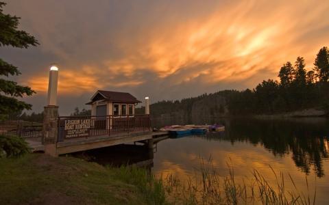Legion Lake Trail