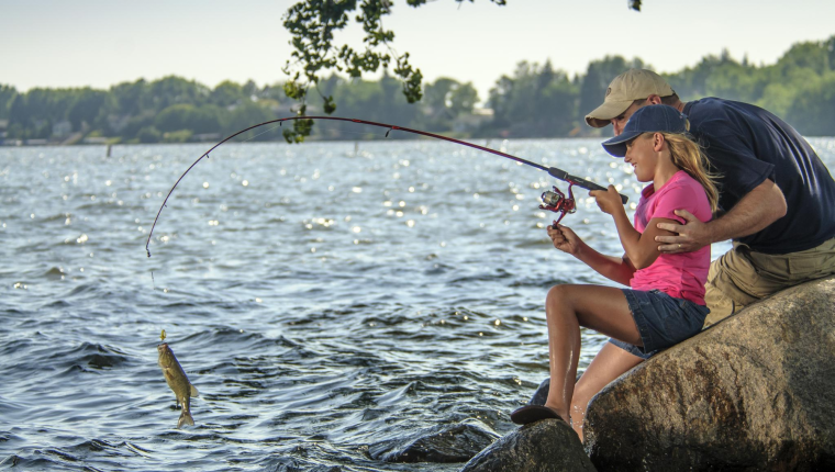 It's Father's Day Free Fishing Weekend in South Dakota!