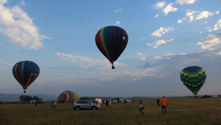 Up, Up & Away in Hot Springs – Fall River Hot Air Balloon Festival