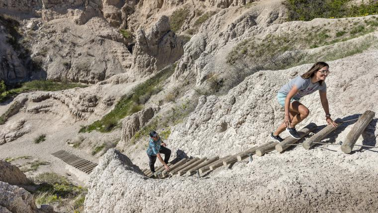 Take a Captivating Virtual Tour of Badlands National Park