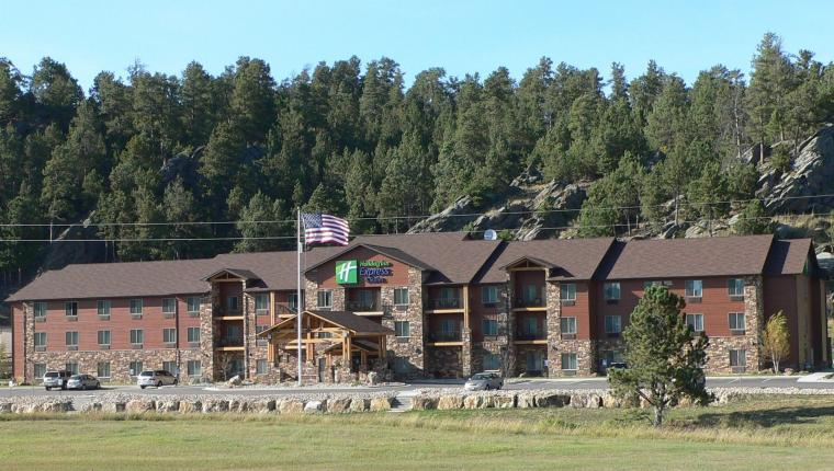 Holiday Inn Express & Suites - Custer
