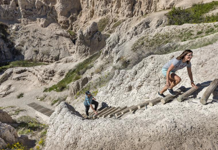 Take a Captivating Virtual Tour of Badlands National Park