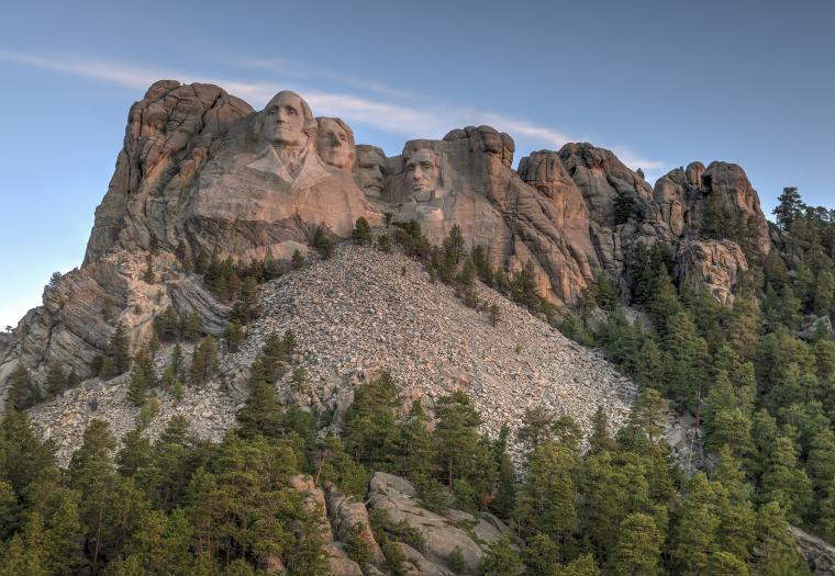 Take a Captivating Virtual Tour of Mount Rushmore National Memorial