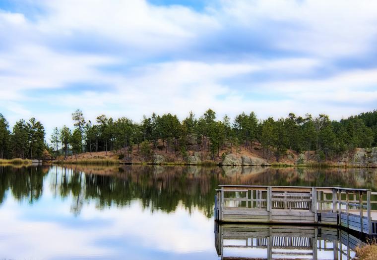 Fall comes to Legion Lake